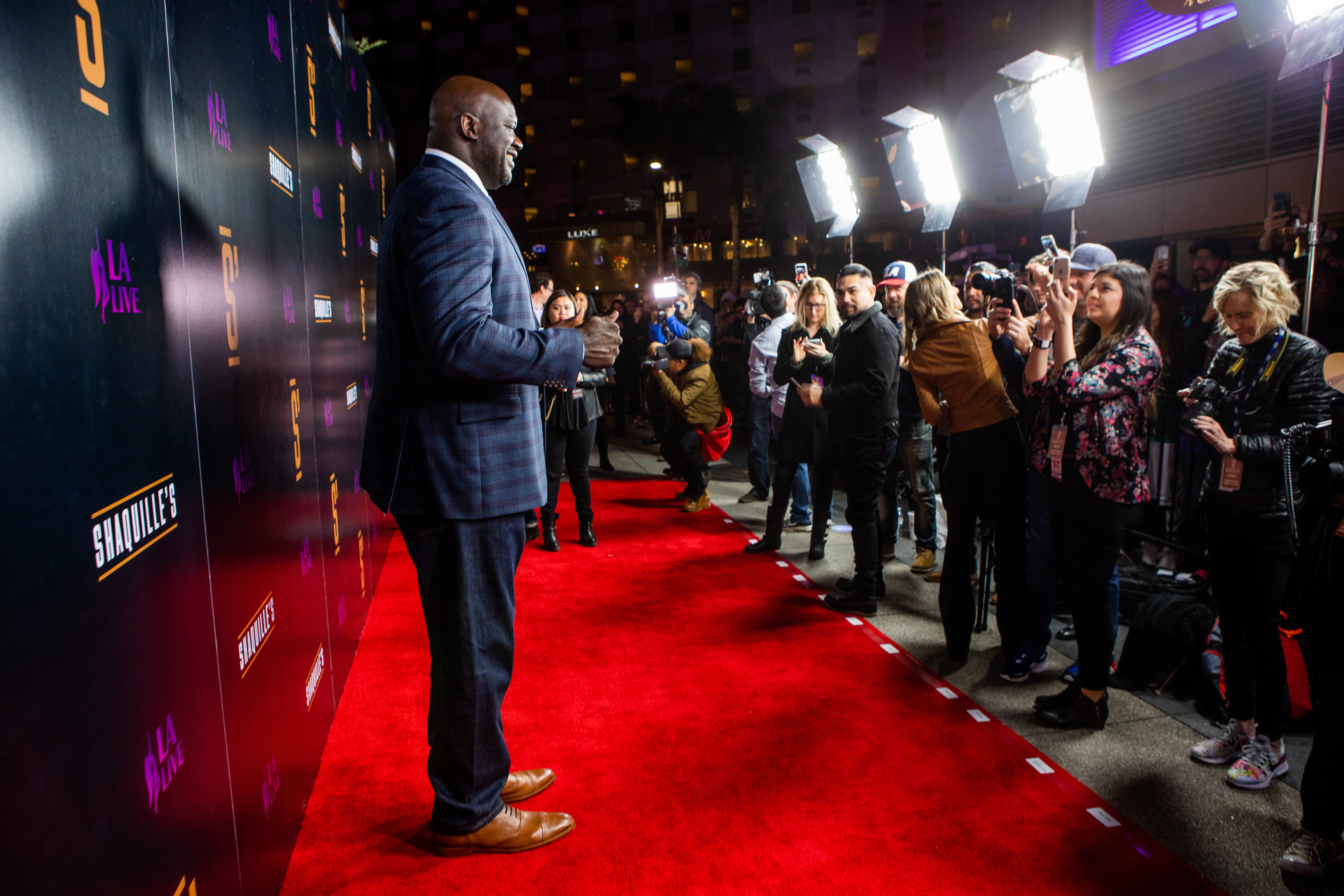 Shaquille O'Neal Opens SHAQUILLE'S at LA Live