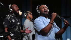 VaShawn Mitchell Performs Live On SiriusXM's Kirk Franklin's Praise Channel At The SiriusXM Studios In Washington DC